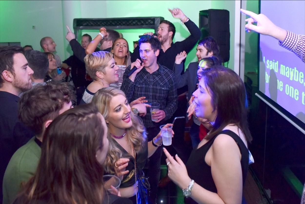 Edinburgh Christmas Party Part - 28: E: Christmas@surgeonshall.com